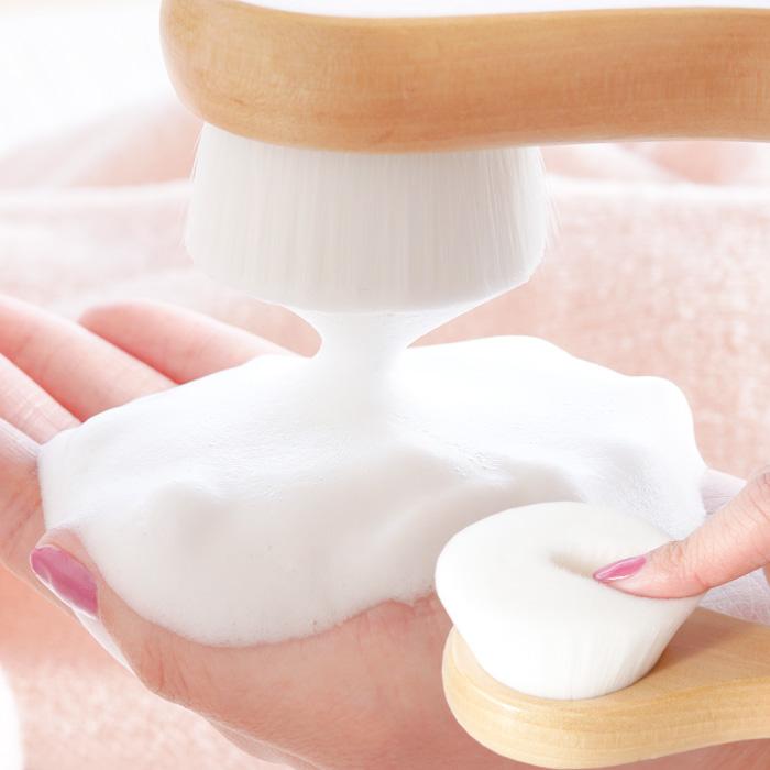 洗顔ブラシは約40万本の毛量