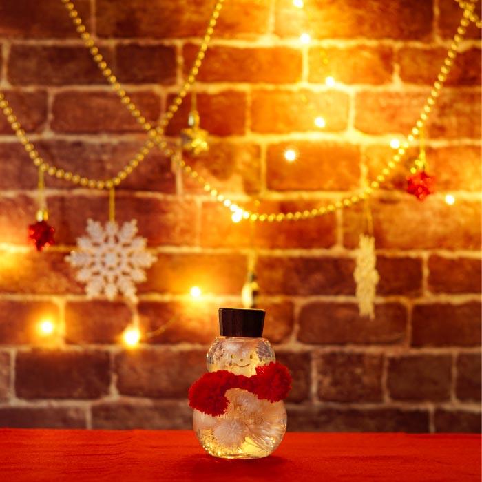 クリスマスデコレーションとスノーマンハーバリウム